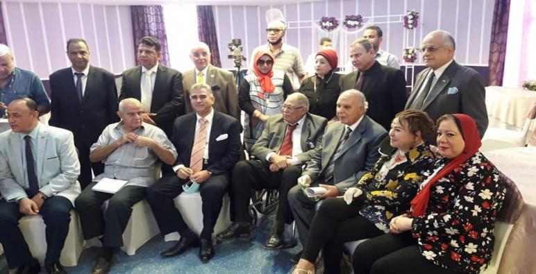 بالفيديو:: حزب التحرير المصرى يعقد اجتماعا هاما بحضور د ابراهيم زهران ومشاركة د ممدوح عبد الحكيم عبر الهاتف