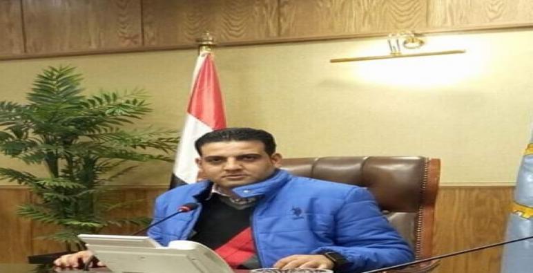 مهندس محمد عوض يهنئ المقدم رامى نعمة الله والمقدم محمد النحراوى  والتقيب محمد خطاب
