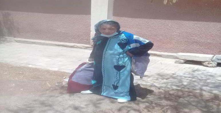تعالوا نعرف رد فعل اللواء أسامه القاضى محافظ المنيا عندما وجد سيدة مسنة فى الشارع  ليس لديها بطاقة إثبات شخصيه